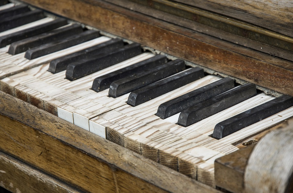 old piano that needs to be restored